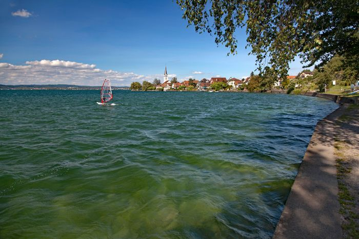 Surfer in Berlingen am Bodensee